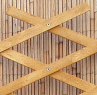Dřevěná mřížka A pinie