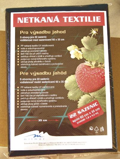 Netkané textilie na jahody 1,6 x 4,2 m, černá