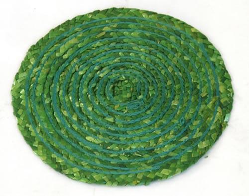 Prostírání z barvené slámy kruhové, zelené pr. 11 cm
