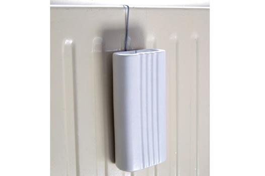 Odpařovač na radiátor, bílá d. 10 x š. 5 x v. 21 cm