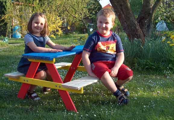 Dětský dřevěný zahradní nábytek Piknikový set 90 x 90 x 48 cm, přírodní