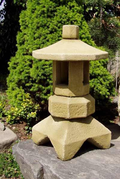 Japonská lampa - kamenná