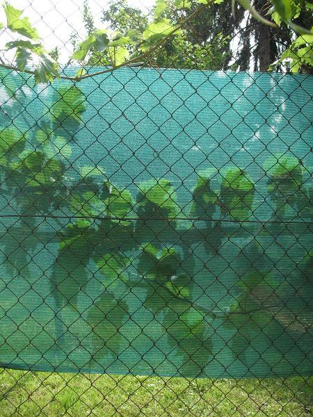 Clona na plot - tkanina 90% stínění -  1  x 10 m