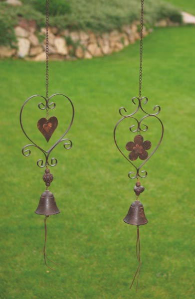 Závěsná dekorace kytka se zvonkem