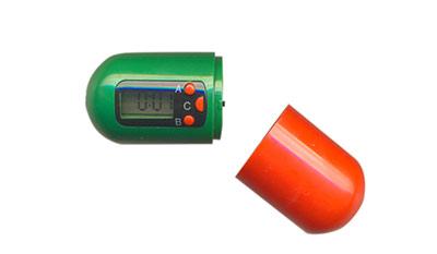 Digitální lékovka - zásobník na léky s časovačem PB01
