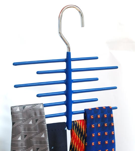 Ramínko na kravaty kovové 3118