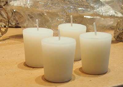Svíčky válec 4 ks, bílé