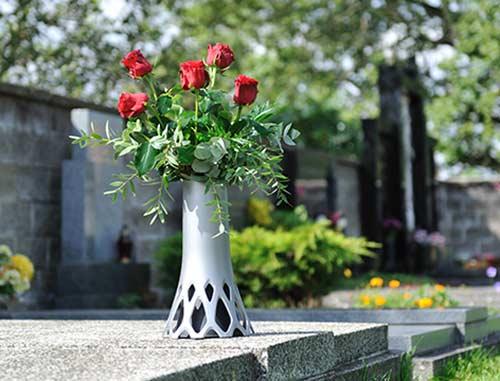 Hřbitovní váza Roseta 1,3 l - se zátěží, stříbrná
