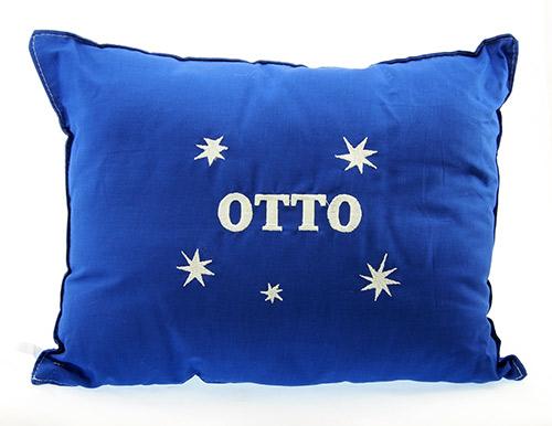 Polštář s výšivkou OTTO