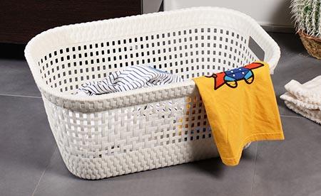 Rattanový koš na čisté prádlo 45 l - bílý