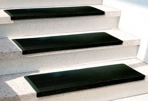 Gumové nášlapy na schody, černé
