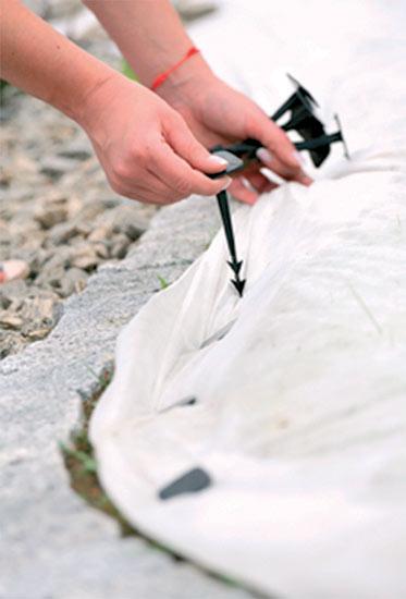Kotvící kolík k upevnění netkané textilie 12,5 cm 20 ks