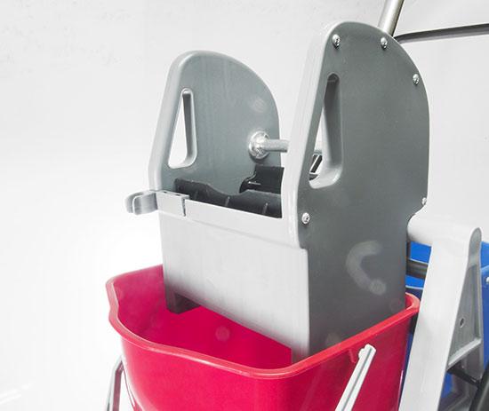 Profesionální úklidový vozík se ždímačem a vědry 2 x 15 l, Coronet
