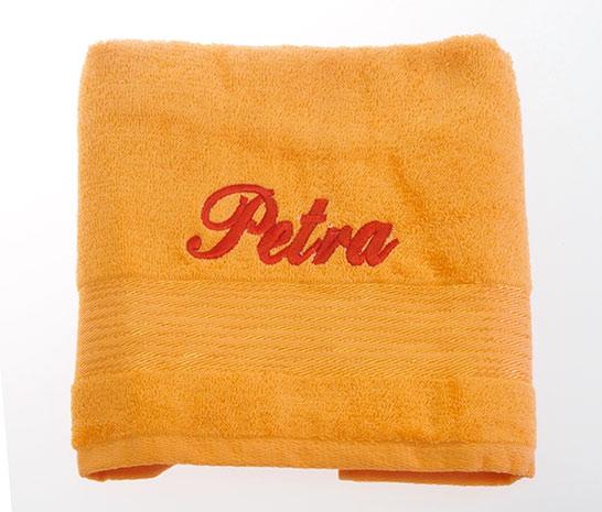 Ručník 50 x 100 cm s výšivkou oranžová - jméno Petra