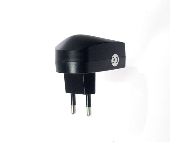USB nabíječka 5V/1000 mA, 230 V